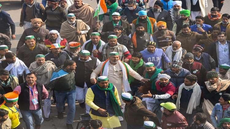 37 Farmer Leaders, Including Yogendra Yadav And Rakesh Tikait, Named In Delhi Police FIR