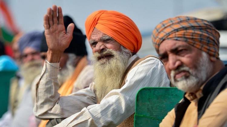 Protesting Farmers Observe 'Pagdi Sambhal Diwas' As Stir Enters 90th Day