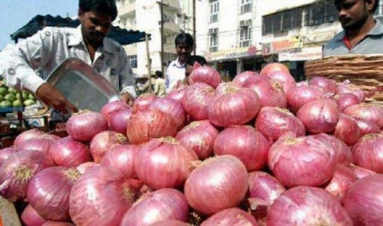 Onion again becomes expensive, price reached Rs 10