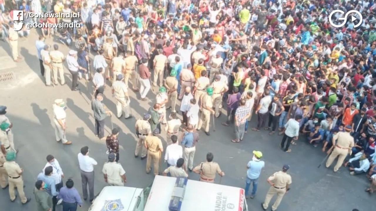 Man Held In Mumbai For Inciting Migrants Who Swamp