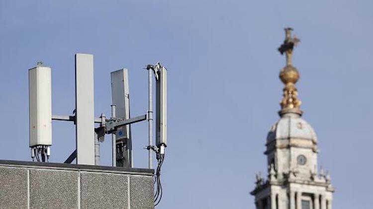 UK Livid, Debunks Fake News After 5G Masts Set On