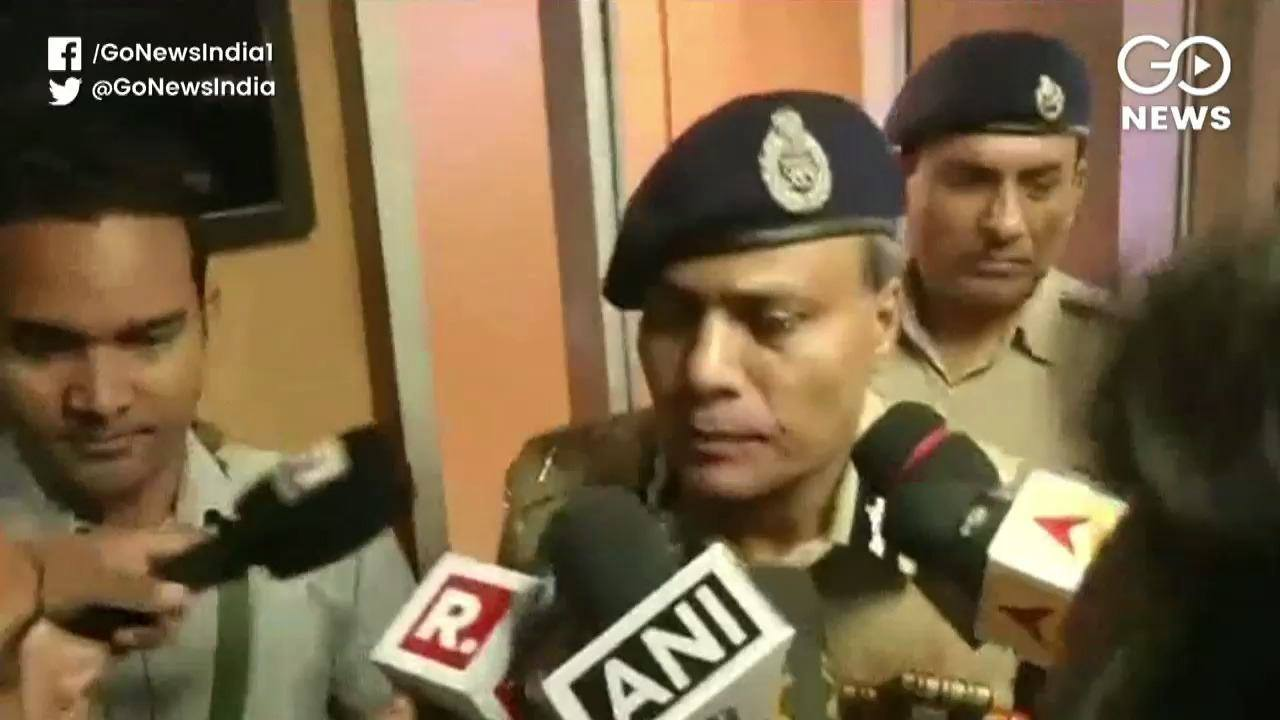 Angry Delhi Cops Protest: Commissioner Appeals For