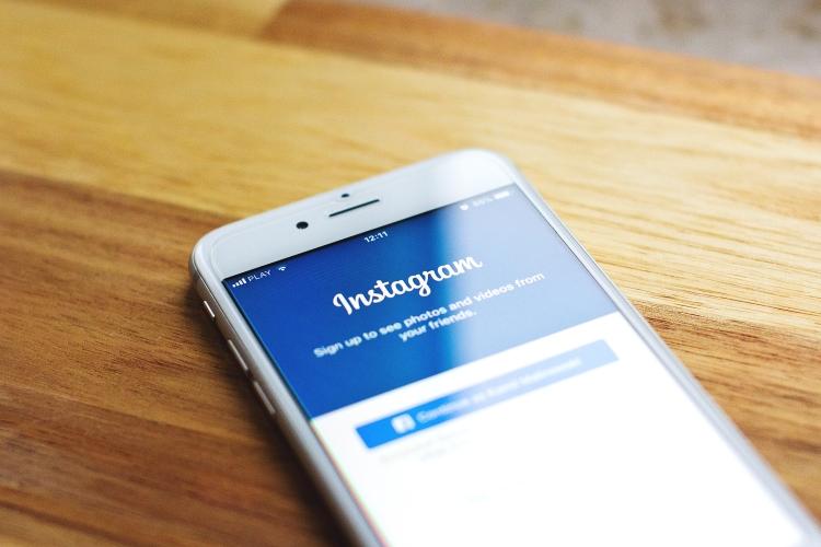 Instagram To Surpass Twitter As A News Source: Rep