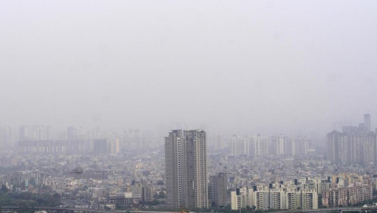 Why Noida's air is poisonous again and again?