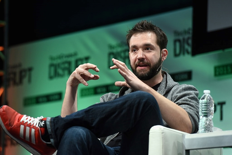#BlackLivesMatter: Reddit Co-Founder Quits Board,