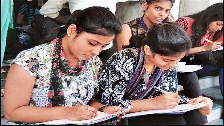 Bihar Education Crisis: Lack Of Colleges, Universi