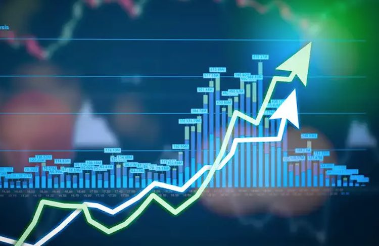Sensex rises 137 points to close at 39,872, market