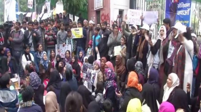 Peaceful Protest By Jamia Students Against CAA-NRC