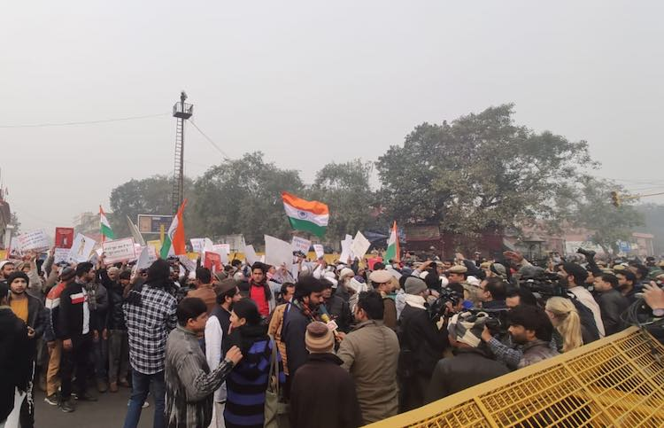 CAA: Protest stalled Delhi's establishment, mobile