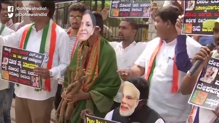 Bengaluru: Congress Protest Over LPG Price Hike