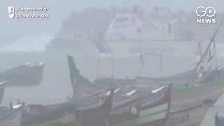 Cyclone 'Bulbul' Intensifies, Heads Towards West B