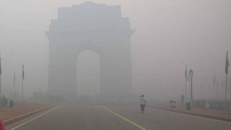 Delhi's AQI Crosses 400, Cold Wave Grips North Ind
