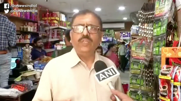 Despite PM Modi's appeal, fear continues, hoarding