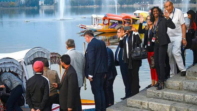 Foreign Envoys Delegation In Kashmir, EU Stays Awa