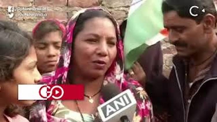 Hindu Refugees Living In Delhi Celebrate Passing O