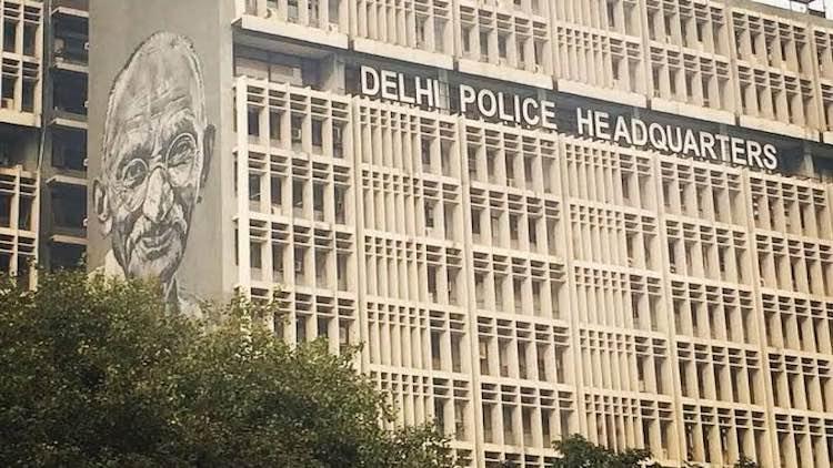 Delhi Police Detain Students Protesting Over Jamia