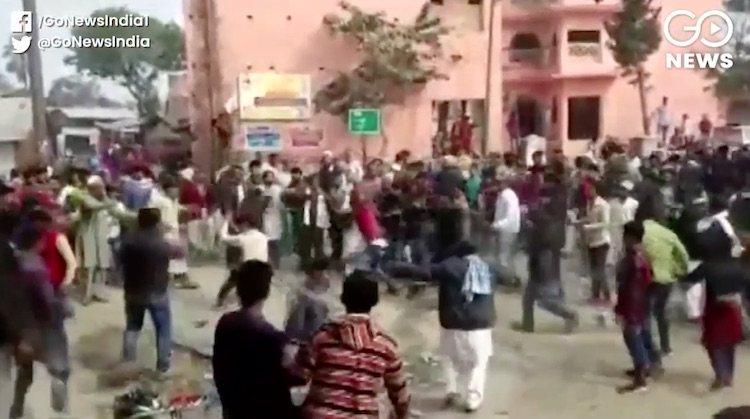 Violence again in anti-citizenship law demonstrati