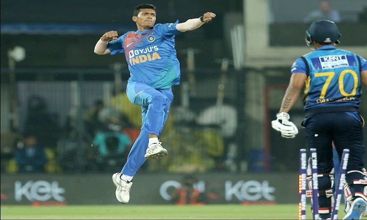 India beat Sri Lanka by 7 wickets in second T20I