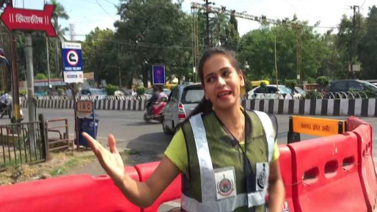 A Dance Routine To Impart Traffic Rules