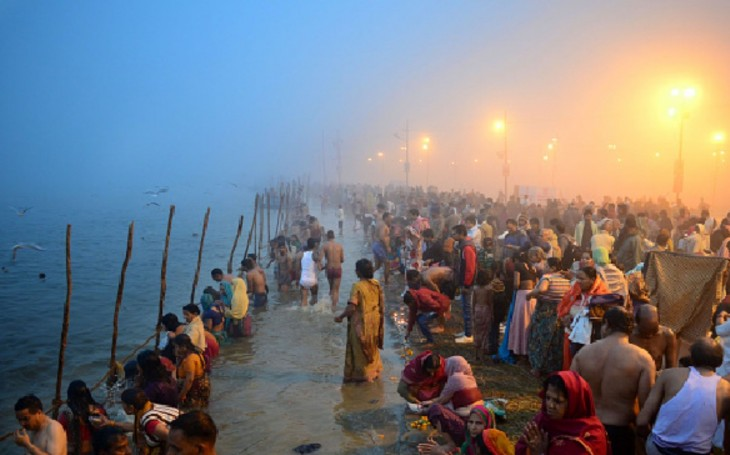 Devotees Offer Prayers On The Occasion Of Makar Sa