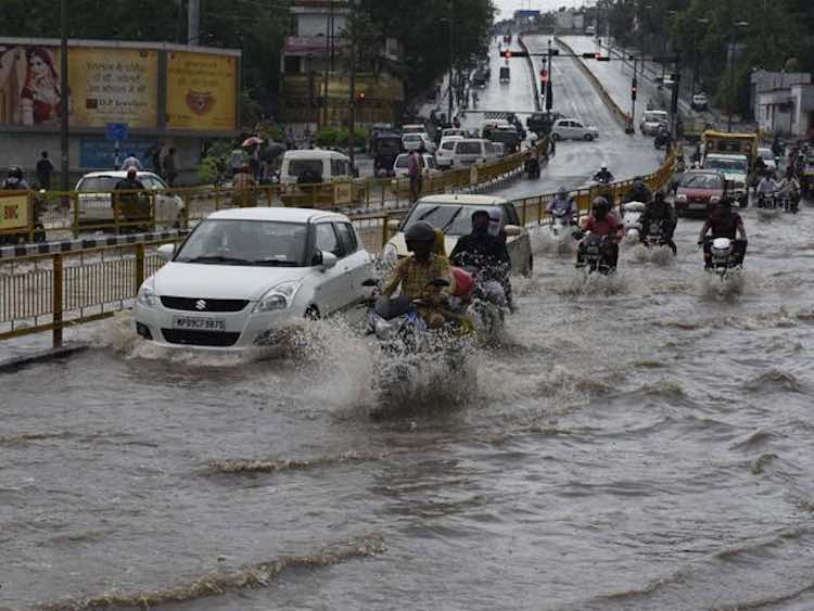 The situation worsened due to heavy rains in 32 di