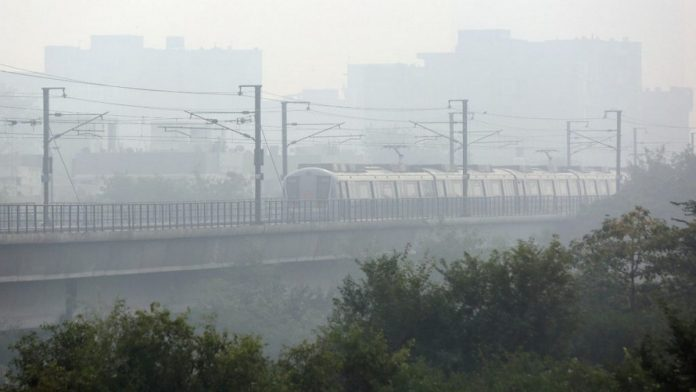 Air Turns 'Poor' In Delhi-NCR, AQI Hovering Near 4