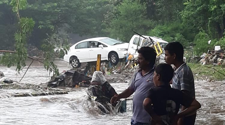 17 killed in Pune rains, school-colleges rained du