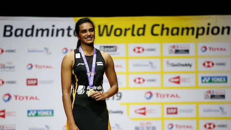PV Sindhu Comes Home To a grand Welcome After Winn