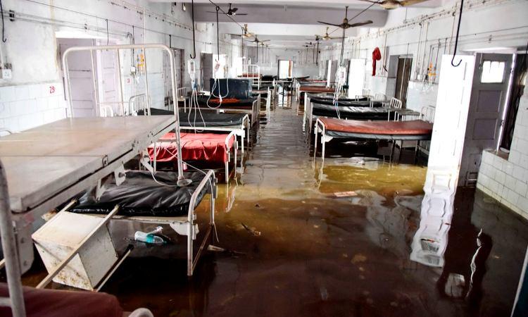 UP: COVID-19 Cases Soar, Patients Flee Hospitals D
