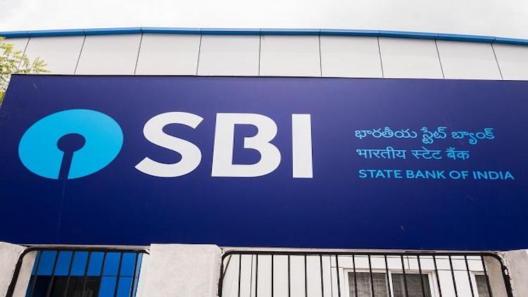 SBI Removes Min Balance, Cuts Interest Rate On Sav