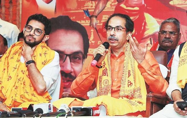 Shiv Sena, Congress attack BJP after President's r