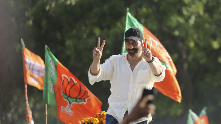 Sunny Deol 'Missing In Action'