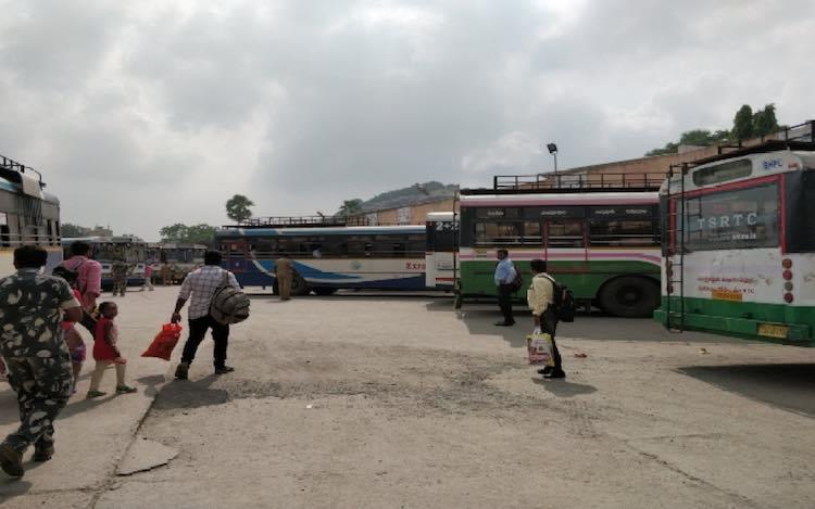 Road Transport Corporation employees strike in Tel