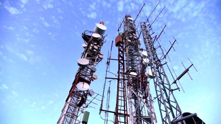 Lockdown Shrinks Telecom Sector, Urban Teledensity