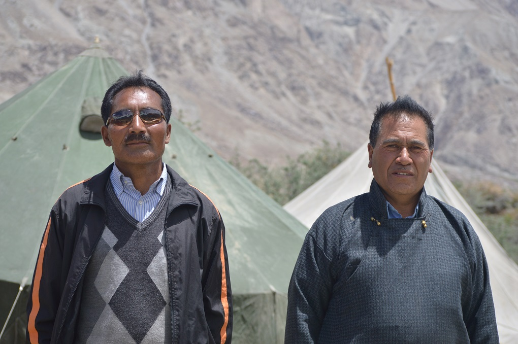 Chief porter at Siachen, Lobzang Stobzan (right) and porter Thukjay Lotus. Porters play an important role in distribution of supplies to armny posts in Siachen [image by: Athar Parvaiz]